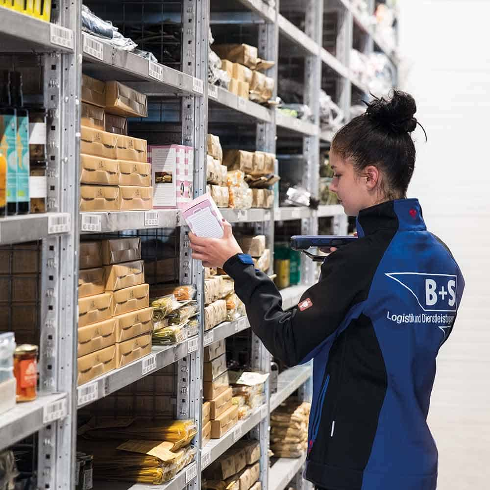 Perfektes Lagermanagement und Bestandmanagement von B+S als Teil des E-Commerce Fulfillment. | Perfect warehouse management and inventory management by B+S as part of its e-commerce fulfilment service.