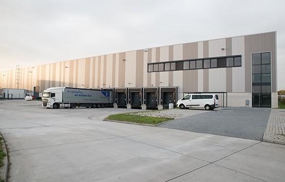 Neuer Standort von B+S in Eppertshausen - spezialisiert auf Pharmalogistik.