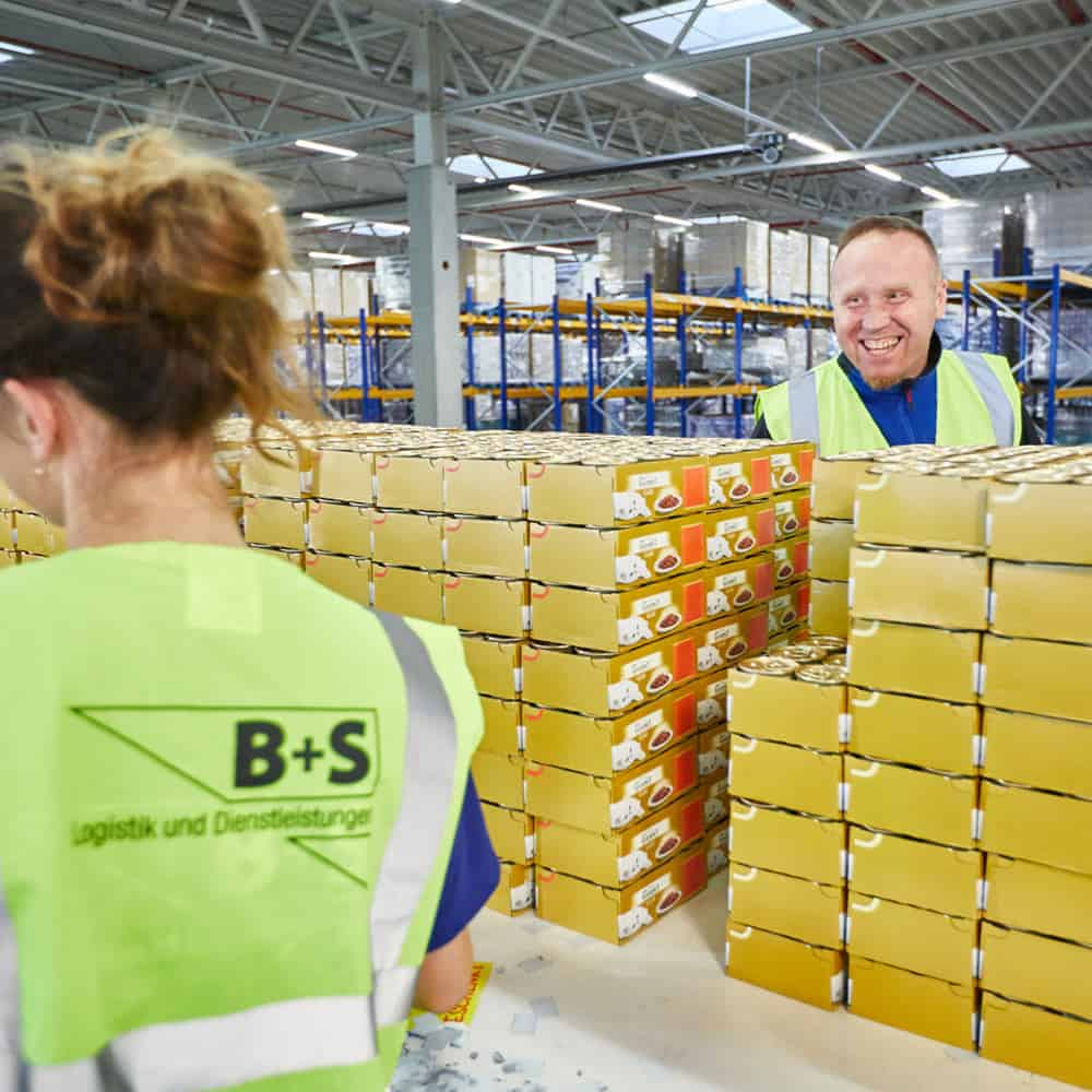 Kollegialität für besten Service: Das lebt B+S. | At B+S we know that a convivial and collaborative climate ensures the very best service.