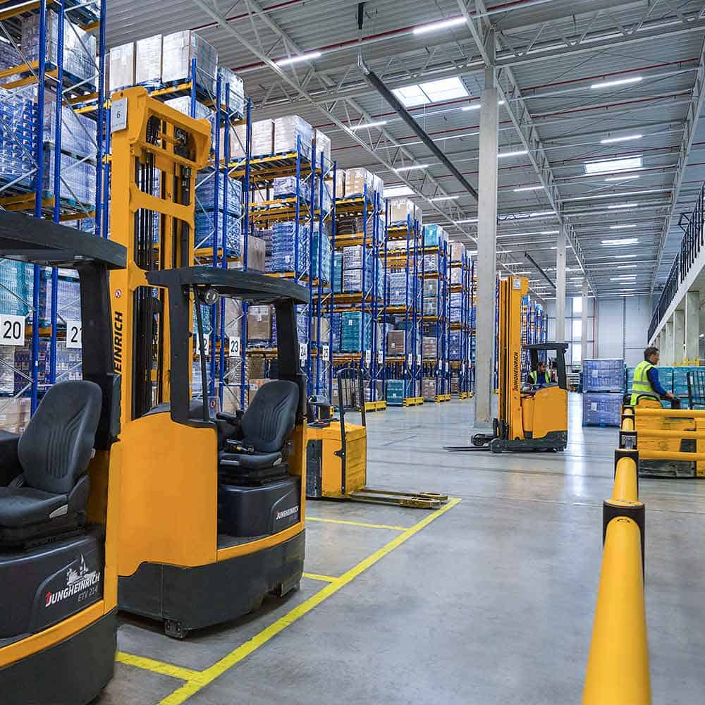 Moderne Lagerlogistik als Baustein effektiver Kontraktlogistik bei B+S. | Modern storage logistics as a component of effective contract logistics at B+S.